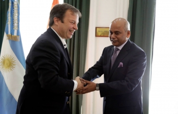 Ambassador Mr Sanjiv Ranjan visited Almirante Brown and met the Mayor Mr. Mariano Cascallares along with business and cultural representatives.