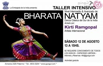Kirti Ramgopal, Indian dancer imparting a Bharata Natyam workshop at Durga Ma school and Gunguar Arts,Buenos Aires