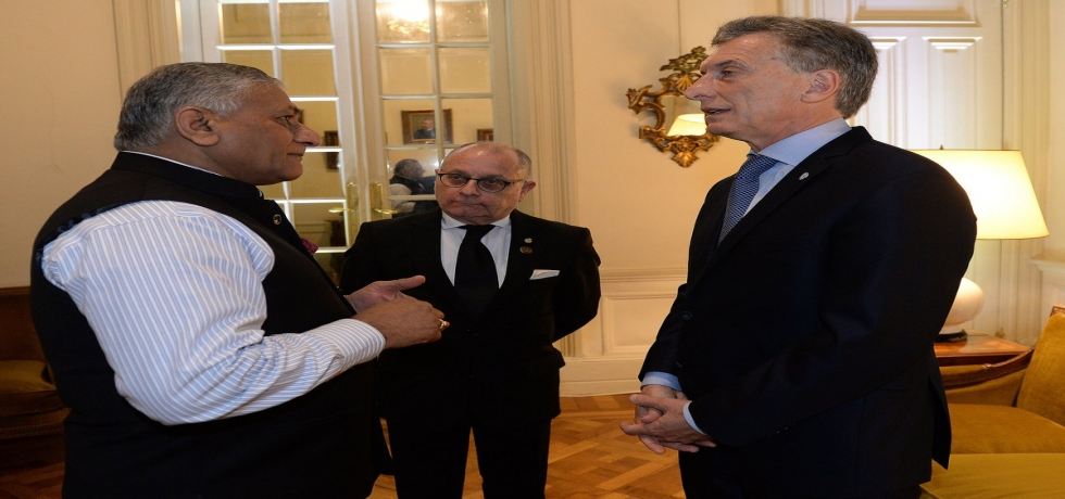 Hon. General (Dr) Vijay Kumar Singh (Retd) Minister of State for External Affairs meets H.E. President of Argentina Mr. Mauricio Macri and Foreign Affairs Minister, Argentina Mr. Jorge Faurie at Buenos Aires