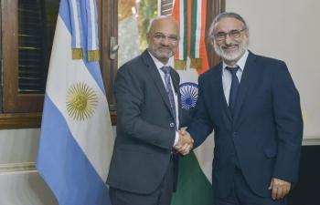 Ambassador Dinesh Bhatia meets Minister for Agriculture, Livestock & Fisheries of Argentina, Mr. Luis Basterra