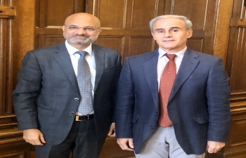 Secretary General of the Government Palace welcomes the Ambassador