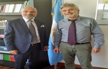 Meeting with Daniel Filmus para intercambiar ideas sobre temas bilaterales y multilaterales .