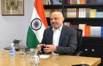 Ambassador Dinesh Bhatia had the pleasure to meet, Julia Pomares, Executive Director of leading Argentine think-tank CIPPEC