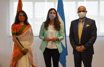 The Secretary of Sports of the Nation, Inés Arrondo, received at CeNARD the ambassador of the Republic of India, Dinesh Bhatia