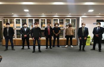 Ambassador Dinesh Bhatia received a delegation of representatives of UIAJoven