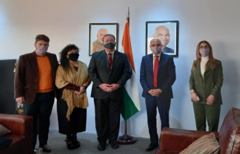 Ambassador Dinesh Bhatia received Asia Committee of CARI Consejo.
