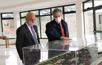 Ambassador Dinesh Bhatia visited Austral University
