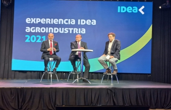Ambassador Dinesh Bhatia joined Santa Fé Governor Omar Perotti and Agriculture Minister Luis Basterra at IDEA